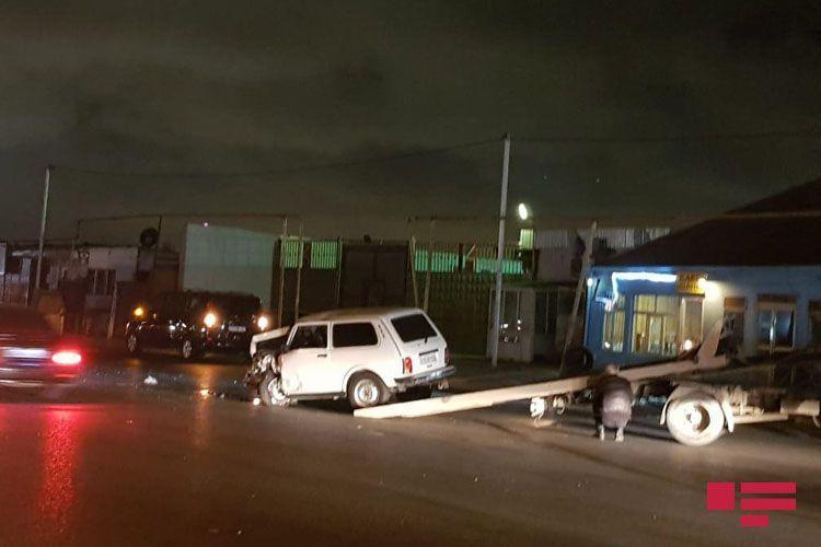 В Баку в результате ДТП пострадали 3 человека