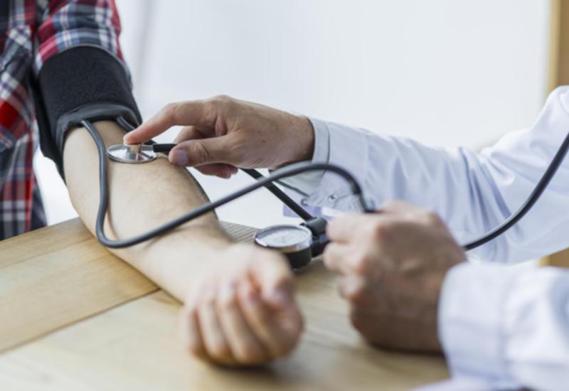 Как снизить высокое давление: пять эффективных способов
