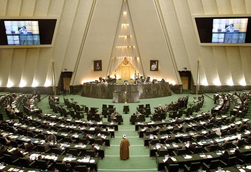 Коронавирус обнаружили у 23 депутатов иранского парламента
