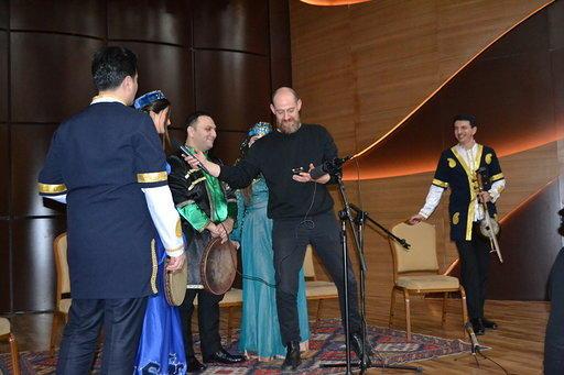Государственное радио Австрии расскажет о деятельности Международного центра мугама
