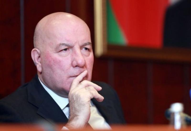Эльман Рустамов: На восстановление капитала четырех ликвидированных банков требовалось 677 млн манатов