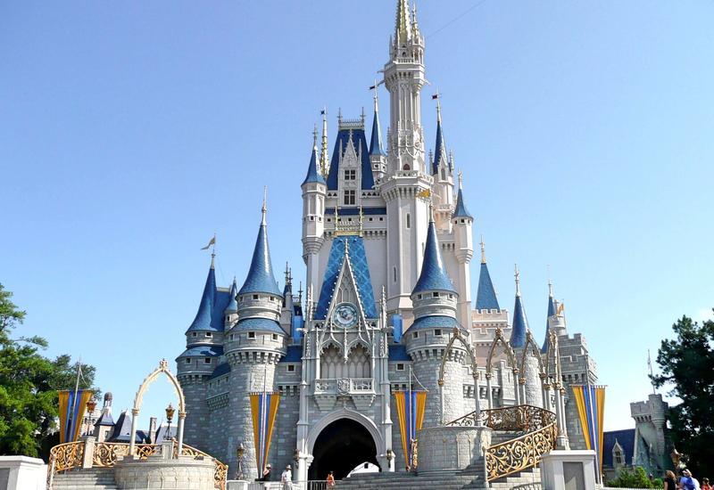 Disney сократит 32 тысячи сотрудников
