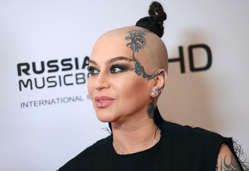 Певица Наргиз подписала контракт с новым продюсером