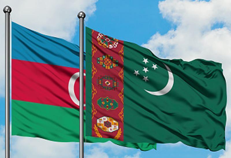 Главы МИД Азербайджана и Туркменистана провели встречу