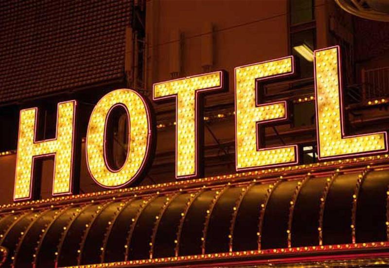 В связи с коронавирусом в Азербайджане отзываются отельные брони