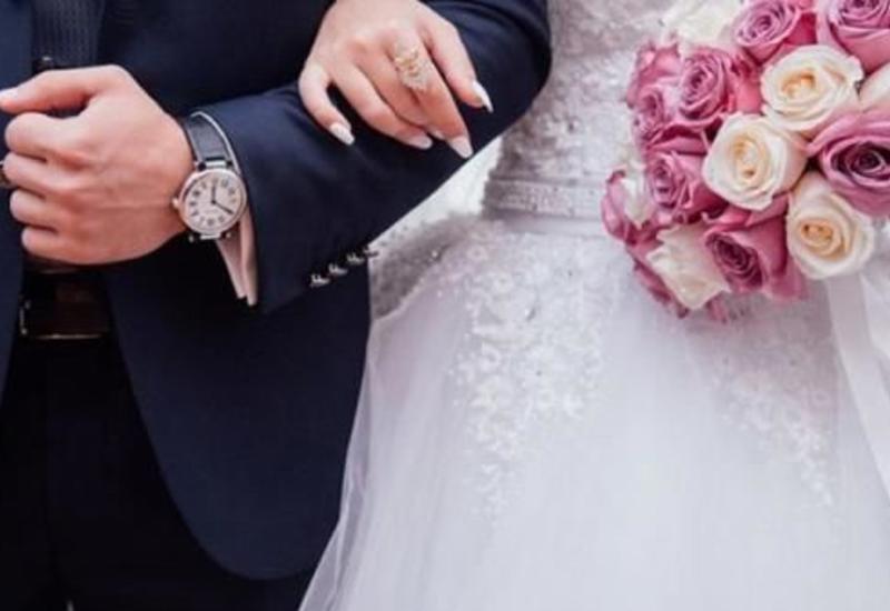 Оперштаб прокомментировал возможность проведения свадеб под открытым небом