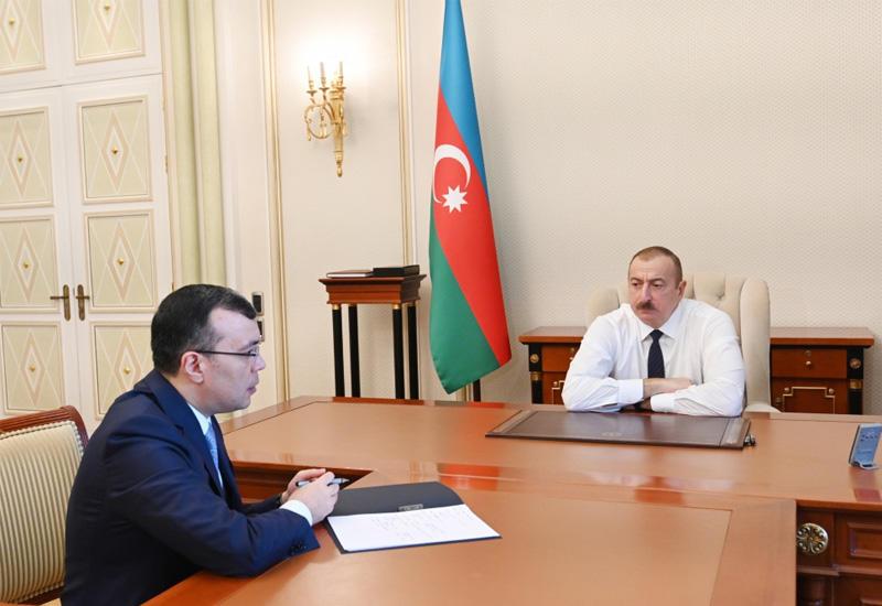 Президент Ильхам Алиев принял министра труда и социальной защиты