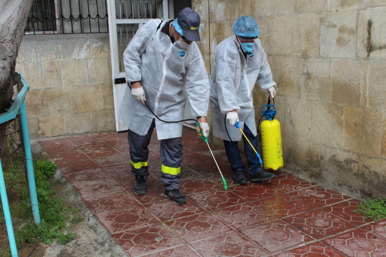 Начались дезинфекционные меры в зданиях Сабаильского района