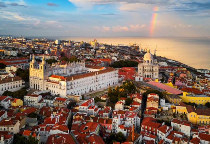 Число заразившихся коронавирусом в Португалии превысило 2,3 тыс.