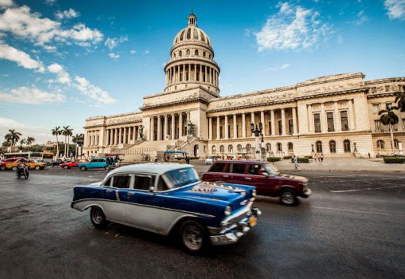 На Кубе отменили региональные пассажирские перевозки и занятия в школах из-за коронавируса