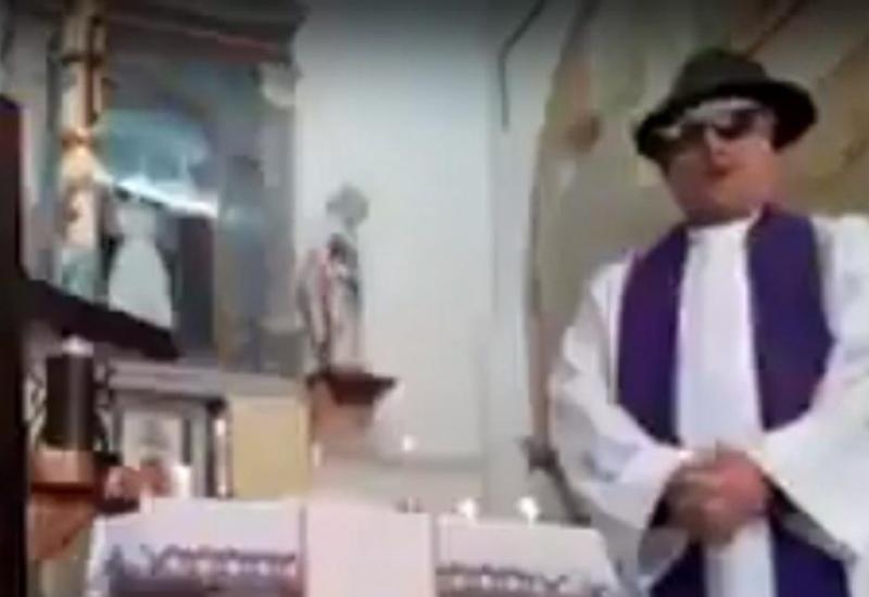 В Италии священник забыл выключить фильтры во время онлайн-службы