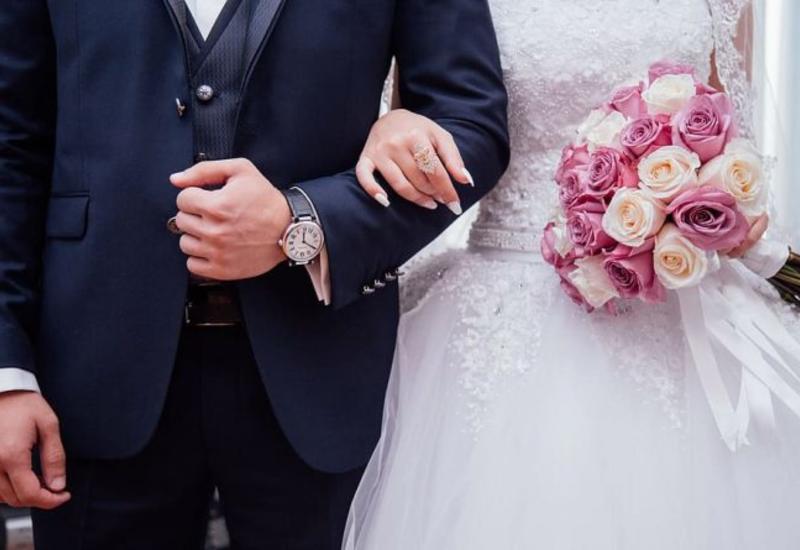 МВД предупредило желающих провести свадьбу на открытом воздухе