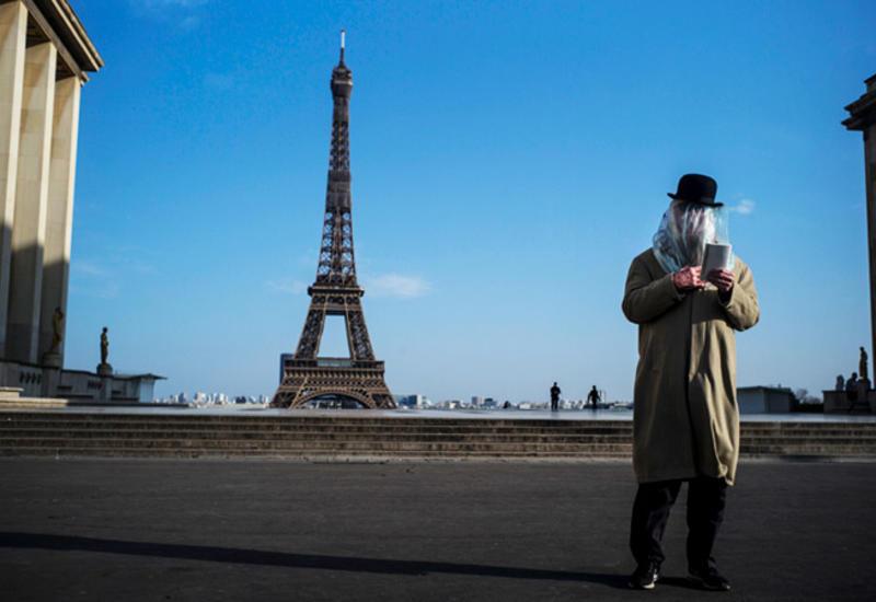Власти Франции продлили карантин