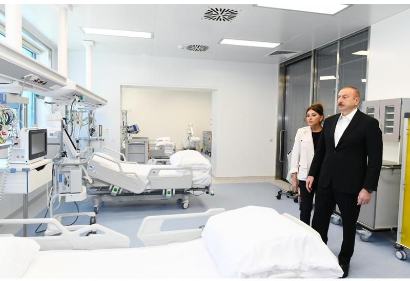 """Prezident İlham Əliyev və birinci xanım Mehriban Əliyeva """"Yeni klinika"""" tibb müəssisəsinin açılışında iştirak ediblər"""