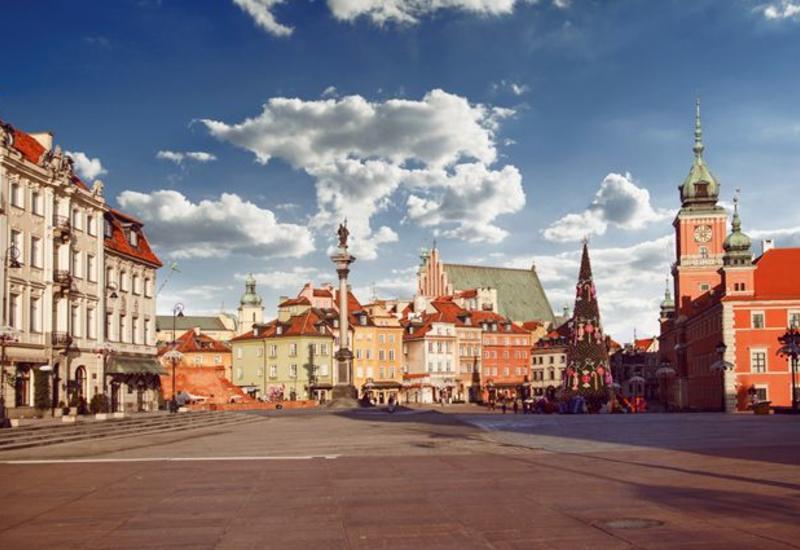 В Польше могут перенести президентские выборы