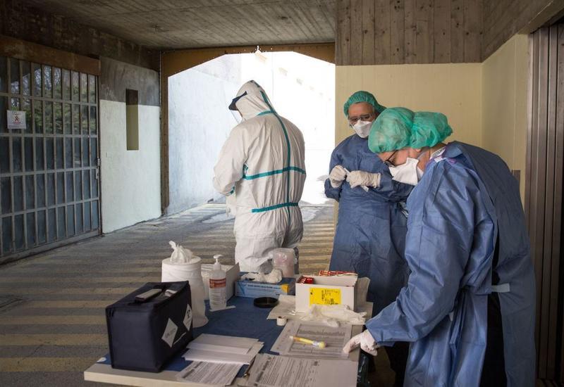 Число новых инфицированных COVID-19 в Италии приблизилось к двухмесячному максимуму