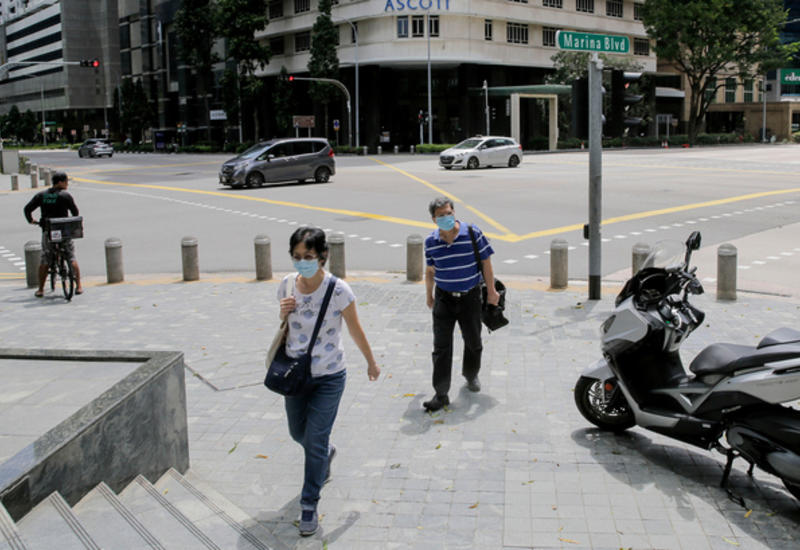 Сингапур лишил гражданства нарушителя карантина