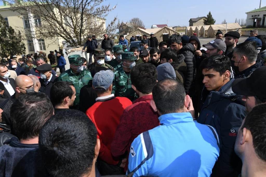 Главы ГПС и МЧС встретились с лицами, помещенными на карантин