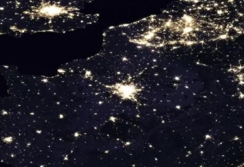 NASA показало кадры ночной Земли из космоса