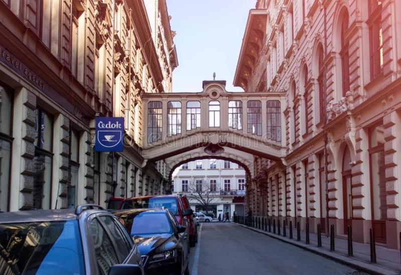 Число заразившихся коронавирусом в Чехии превысило 3 тыс.