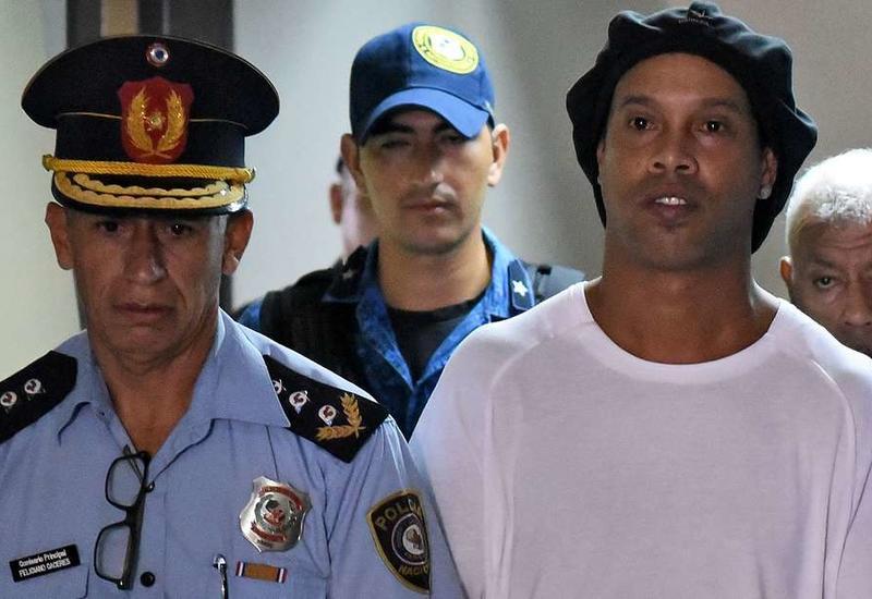В Сеть попали кадры Роналдиньо в тюрьме