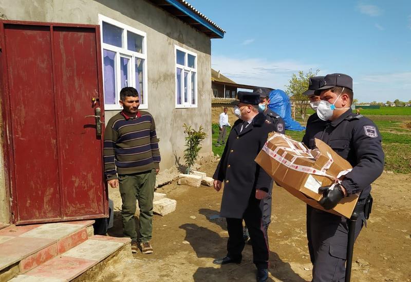 Полиция Джалилабада оказала продовольственную помощь пожилым и малообеспеченным семьям