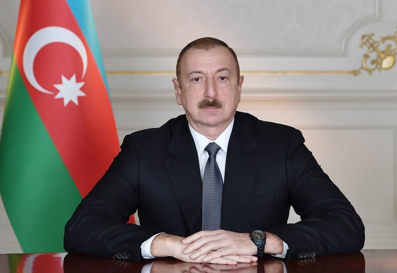 Президент Ильхам Алиев поздравил главу Международной ассоциации детских фондов