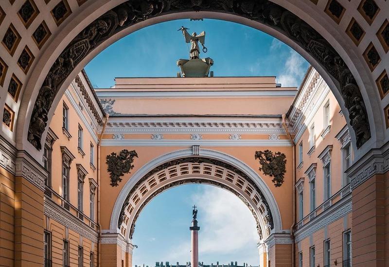 Опустевший Санкт-Петербург в период карантина