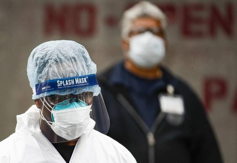 В США более ста полицейских заразились коронавирусом