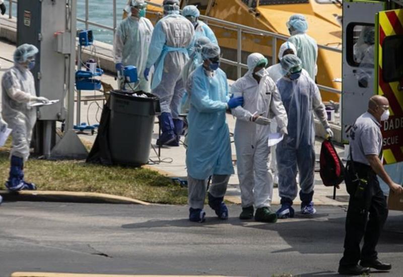 В США число заразившихся коронавирусом превысило 300 тысяч