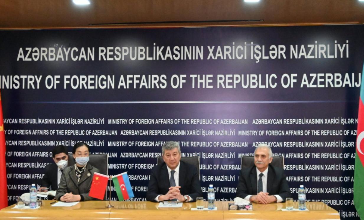 Китай передал Азербайджану пять тысяч новых видов тестов для выявления коронавируса