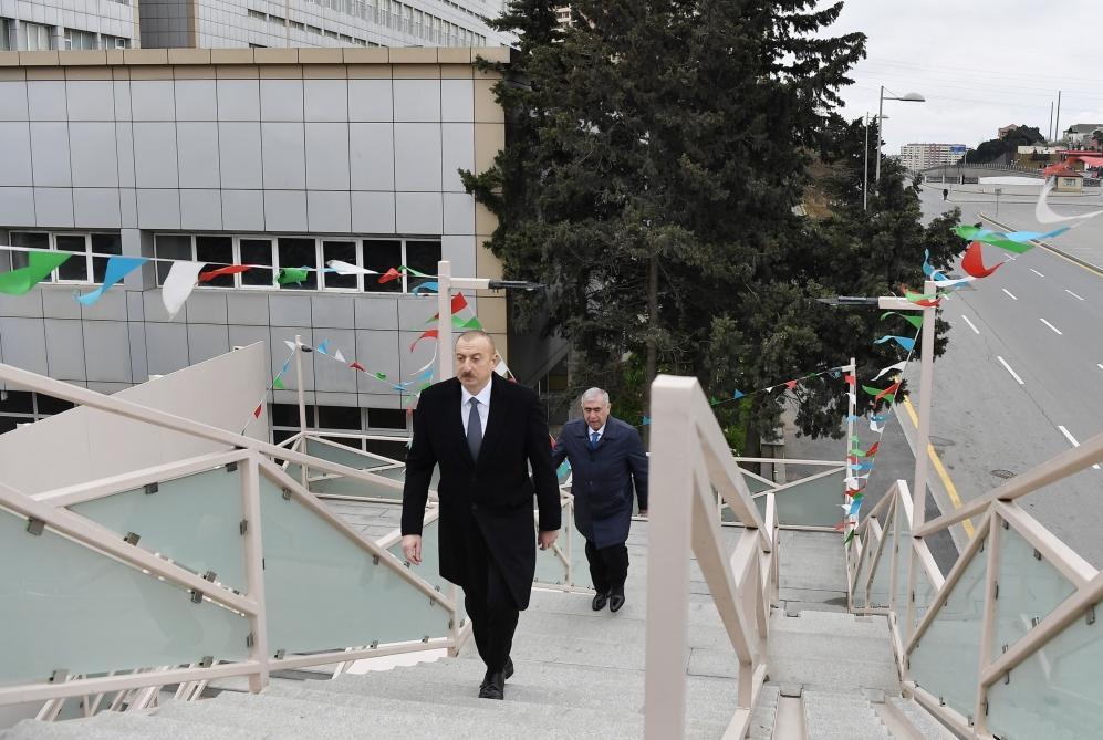 Президент Ильхам Алиев ознакомился с работами по расширению дороги Баку-Сумгайыт и принял участие в открытии пешеходного перехода на пересечении Московского проспекта и улицы 20 Января