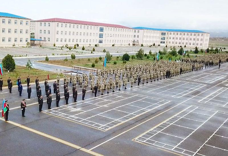 Новобранцы Отдельной общевойсковой армии Нахчывана отправились в места прохождения службы