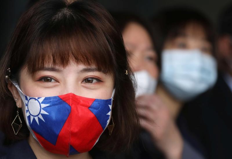 Тайвань ввел штрафы за отказ от ношения масок в транспорте