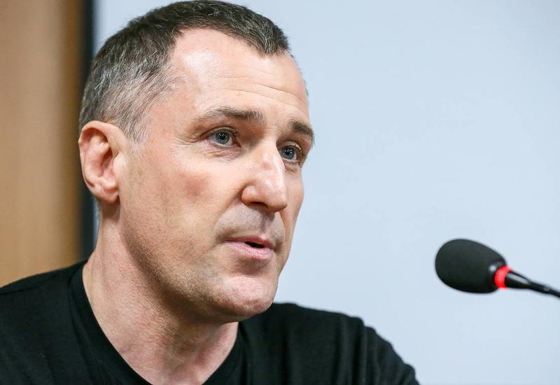 Чемпион Франции по футболу выставил на продажу медаль для помощи в борьбе с коронавирусом