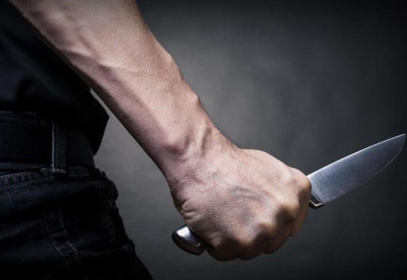 Fransada bıçaqlı hücum - Ölən və yaralananlar var