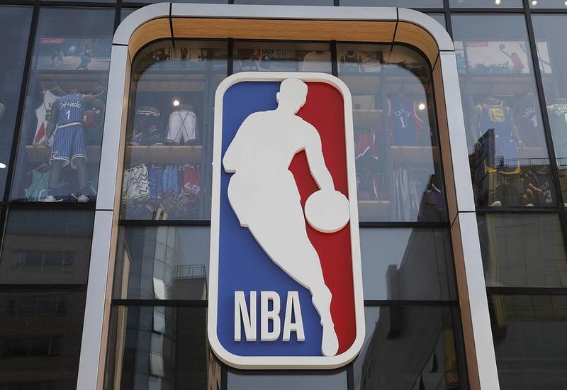 НБА передаст сотрудникам служб жизнеобеспечения штата Нью-Йорк 1 млн медицинских масок