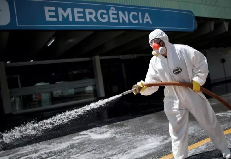 Число заразившихся коронавирусом в Бразилии превысило 10 тысяч
