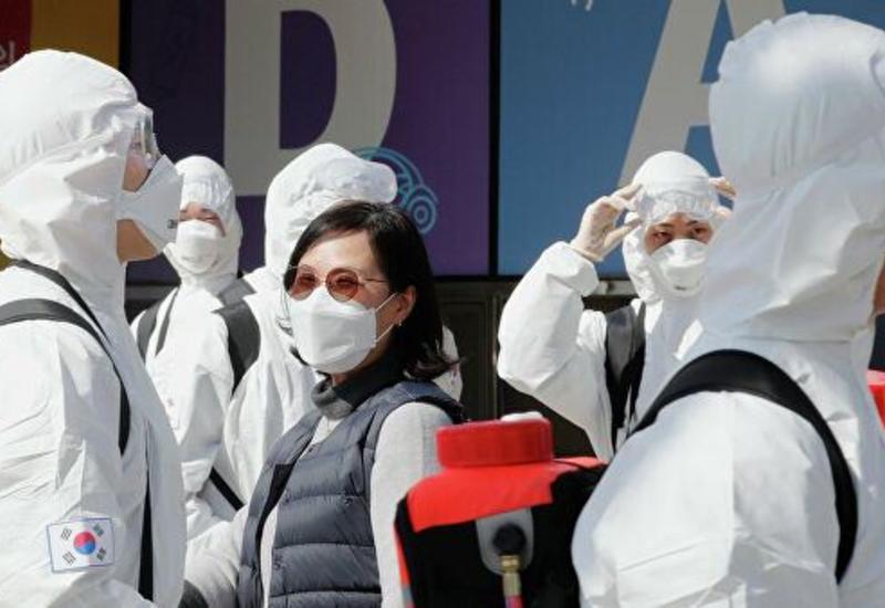 В Китае за сутки из-за коронавируса умерли три человека