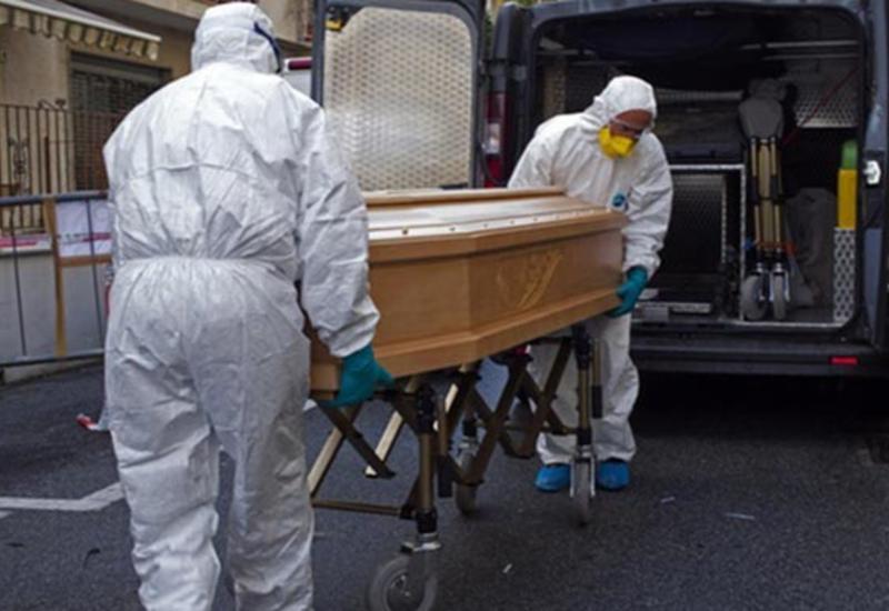 В Италии за сутки от коронавируса умер 681 человек
