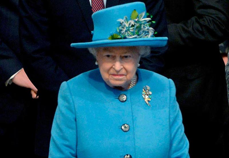 Елизавета II призвала британцев проявить выдержку во время эпидемии