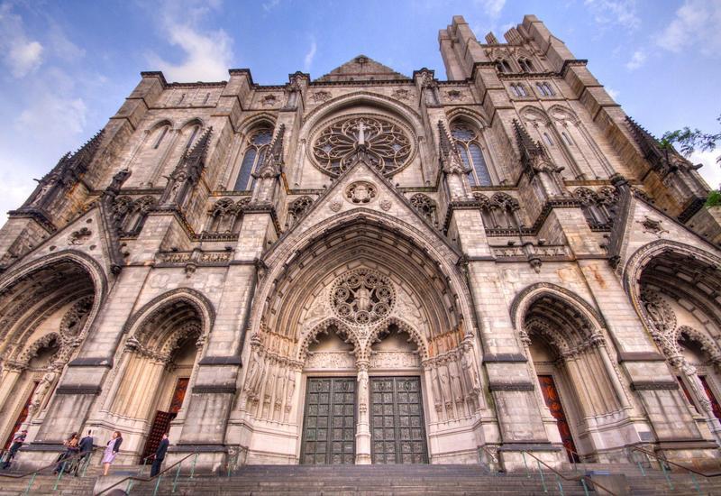 Кафедральный собор Нью-Йорка станет полевым госпиталем из-за пандемии коронавируса