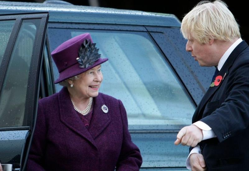 Елизавета II пожелала Джонсону скорейшего выздоровления
