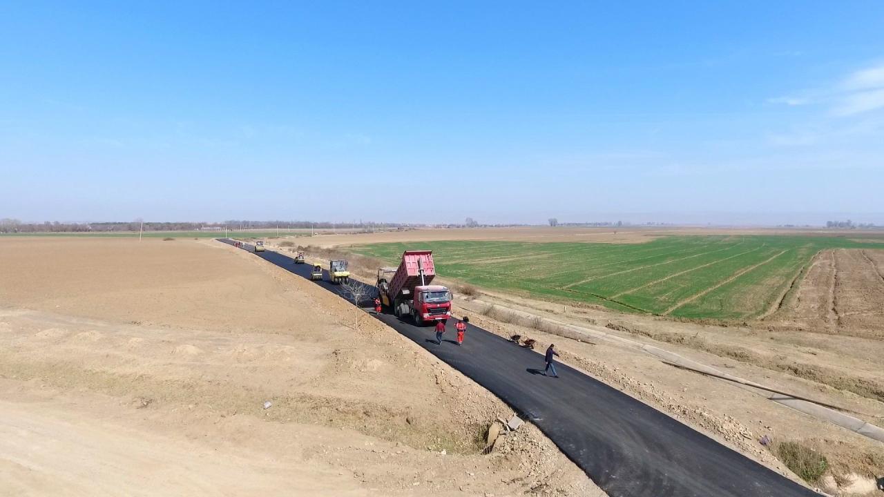 В Товузе реконструируется ряд дорог