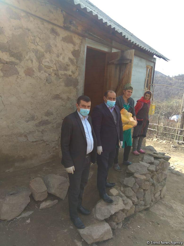 Депутат Арзу Нагиев оказал продовольственную помощь 50 малоимущим семьям и одиноким лицам