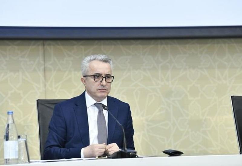 На предприятиях в Азербайджане могут находиться не более 30% сотрудников