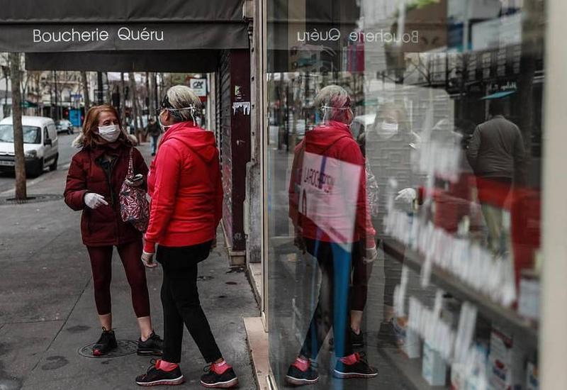 Во Франции почти 11 тысяч человек умерли от коронавируса