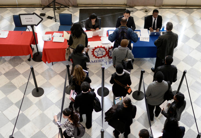Число заявок на пособие по безработице в США превысило 6 миллионов