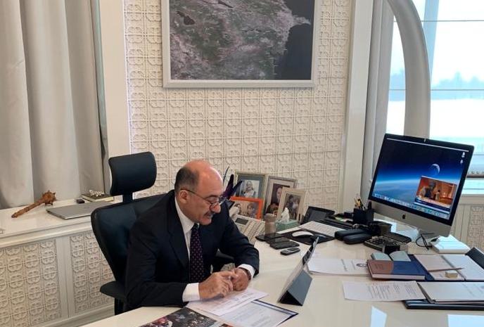 Министр культуры Азербайджана провел видеоприем граждан