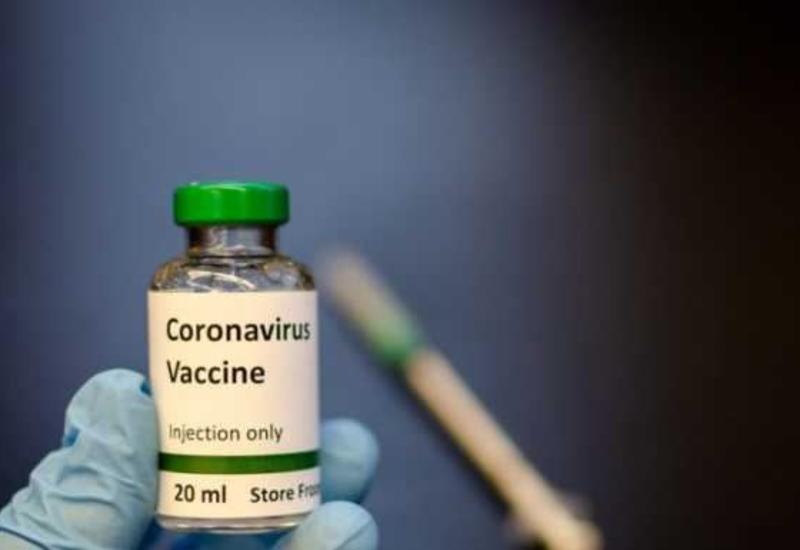 Назван срок обеспечения россиян вакциной от коронавируса